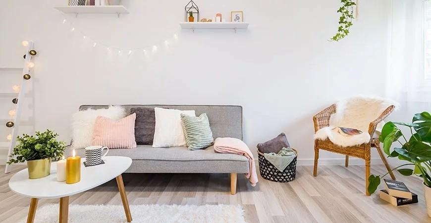 Comment créer une ambiance cocooning dans son salon ?